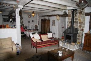 Intérieur de la maison de la propriété équestre à vendre en seine-et-marne