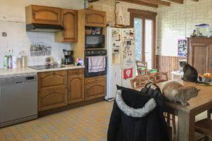 Cuisine de la ferme équestre à vendre dans l'Yonne