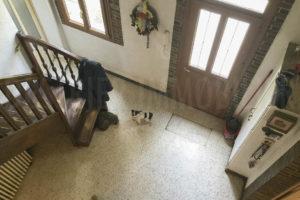 Entrée intérieure de la ferme équestre à vendre dans l'Yonne