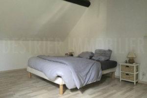 Chambre de la ferme équestre à vendre dans l'Yonne