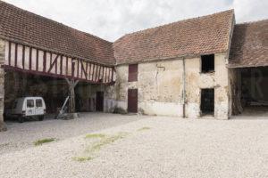 Bâtiments de la ferme fortifiée à vendre