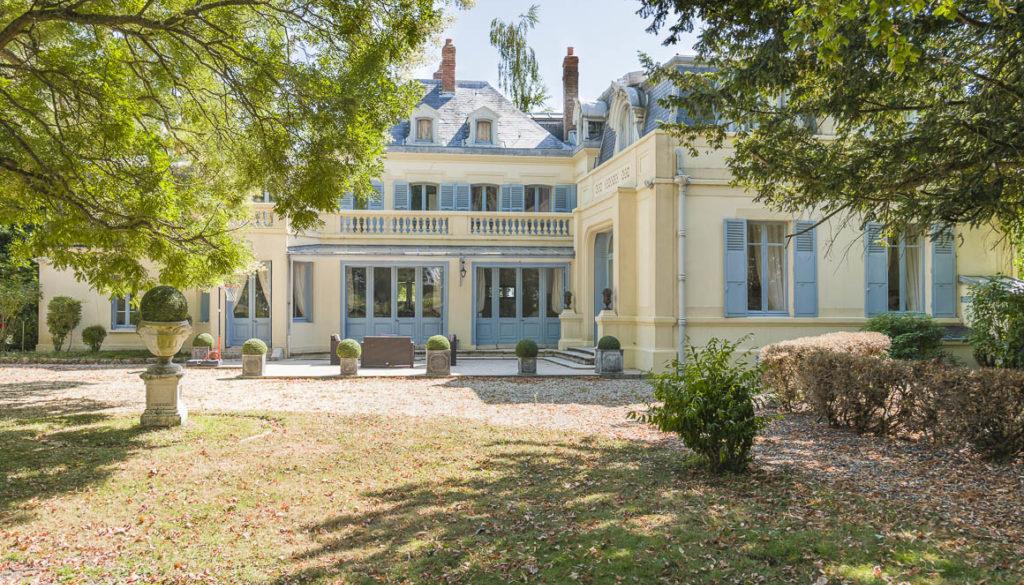Le château à vendre en Seine-et-Marne