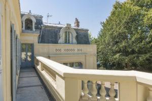 Balcon du château à vendre
