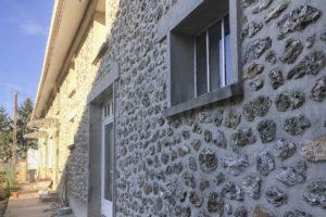 Façade pierre corps de ferme à vendre en seine-et-marne