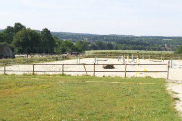 Terrain agricole (avec anciennes installations équestres)