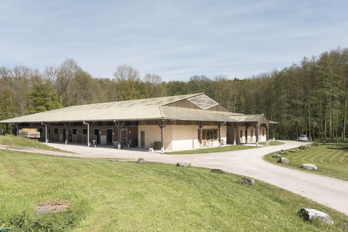 Le bâtiment équestre de la propriété à vendre en Seine-et-Marne