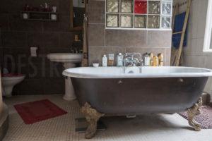 Une salle de bains du château
