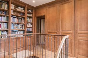 Bibliothèque du château à vendre