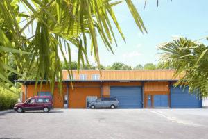 Parking et entrée entrepôt à vendre