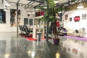 Pièce showroom de l'ensemble immobilier à vendre