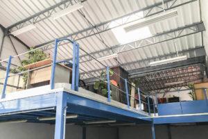 Mezzanine entrepôt ensemble immobilier à vendre