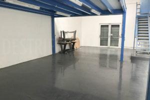Entrepôt garage de l'ensemble immobilier à vendre