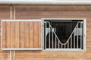 Fenêtre barns pour chevaux
