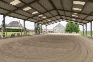Manège pour chevaux équitation propriété équestre à vendre