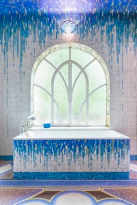Salle de bains style art déco