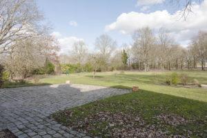 Terrasse et terrain de la propriété à vendre