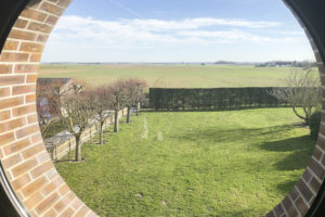 Vue terrain de la propriété à vendre
