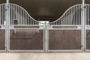 Porte boxe chevaux