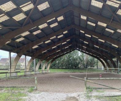 Manège du centre équestre à vendre à Fontainebleau