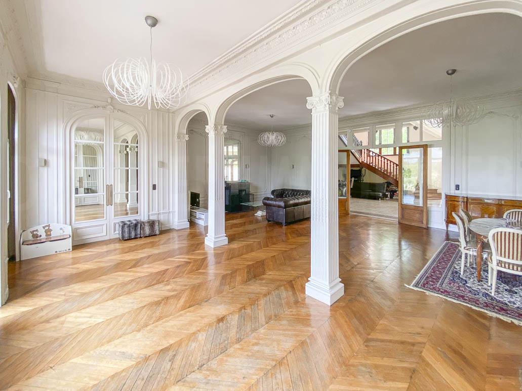 Salle de réception - Salon belle demeure à vendre 77