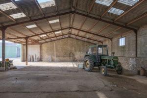 Hangar du corps de ferme à vendre en seine-et-marne