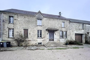 Habitation à vendre proche provins