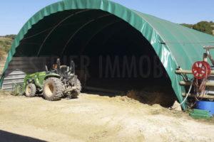 Tunnel de stockage propriété équestre à vendre