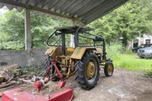 Tracteur auvent