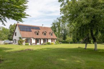 Vaste propriété équestre 36 hectares, proche Fontainebleau