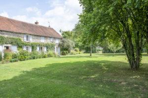Terrain et maison équestre à vendre